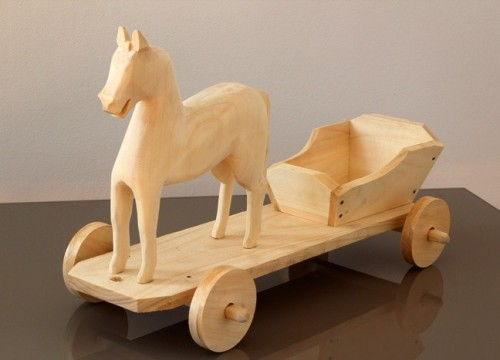 Petit cheval avec carriole (bois naturel)