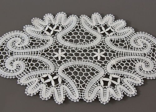 Lace from Bobowa with floral ornament