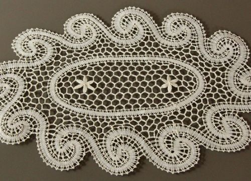 Oval lace with flowers