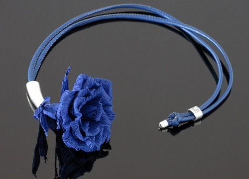 Rose necklace (long)  - mono collection