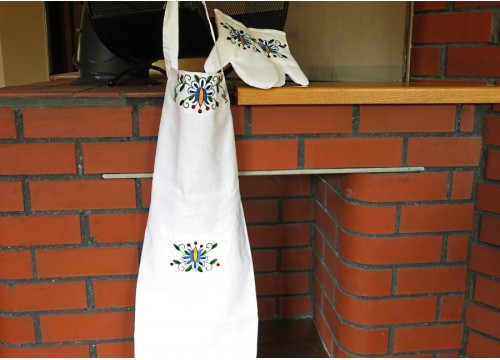 An apron and gloves - a blue tulip with petals