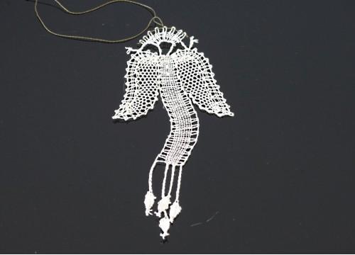 Koronkowy aniołek II
