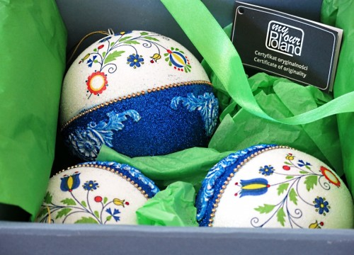 A set of Kashubian Christmas balls