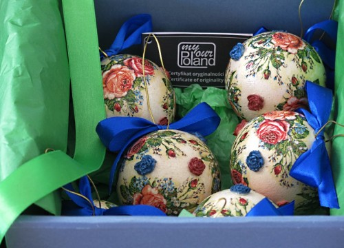 A set of Podhale Christmas balls
