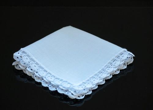 White batik handkerchief (29 x 29 cm)