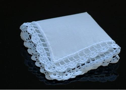 White batik handkerchief (24 x 24 cm)