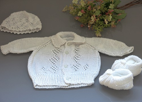 A set for a boy - a sweater and a hat